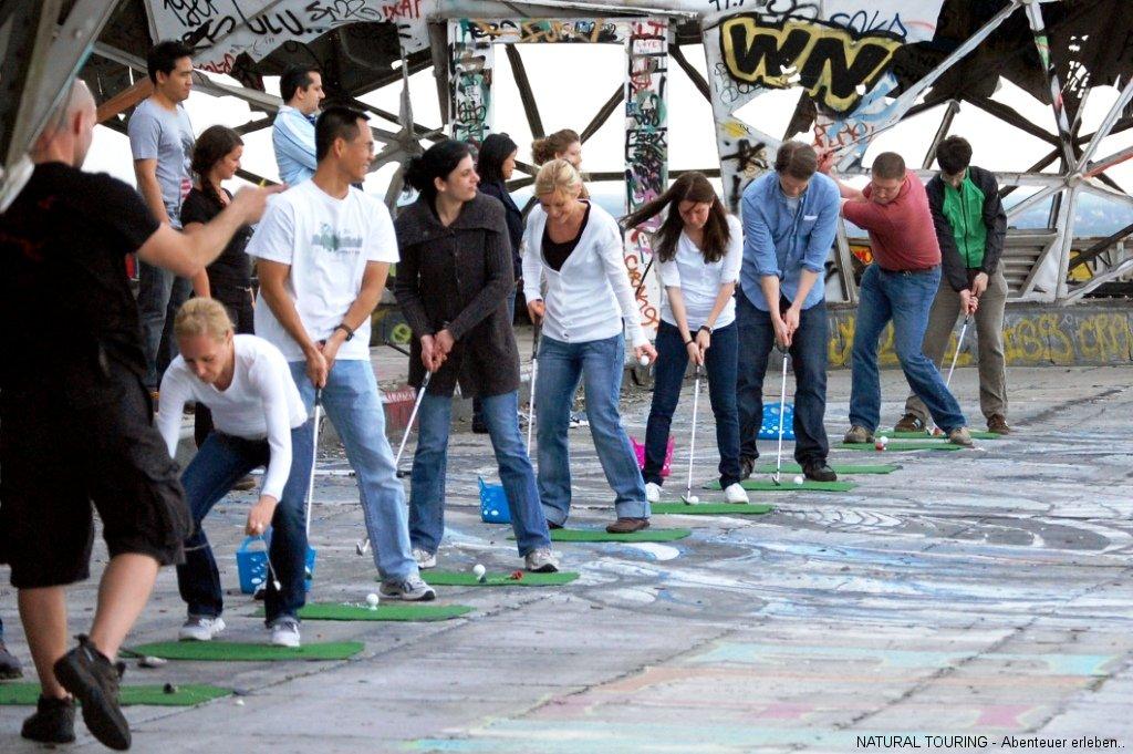 Crossgolf aufm Teufelsberg Berlin als Teamevent
