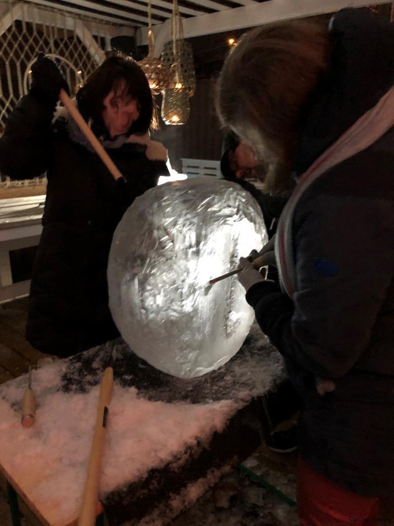 Eisschnitzen-Teamevent-Berlin-Weihnachtsfeier-Icecarving-12