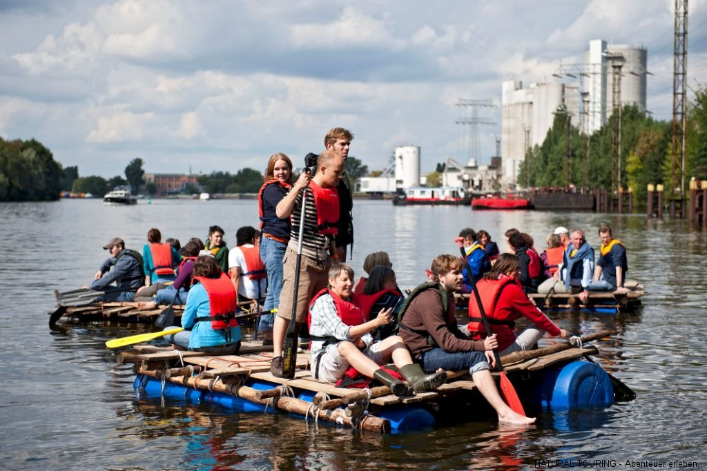 Floßbau Teamevent Berlin