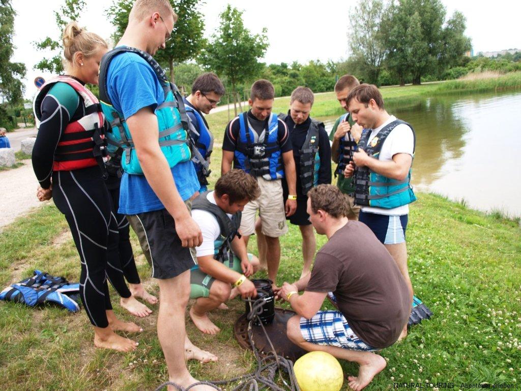 Floßbau-Teamevent-Neubrandenburg-02