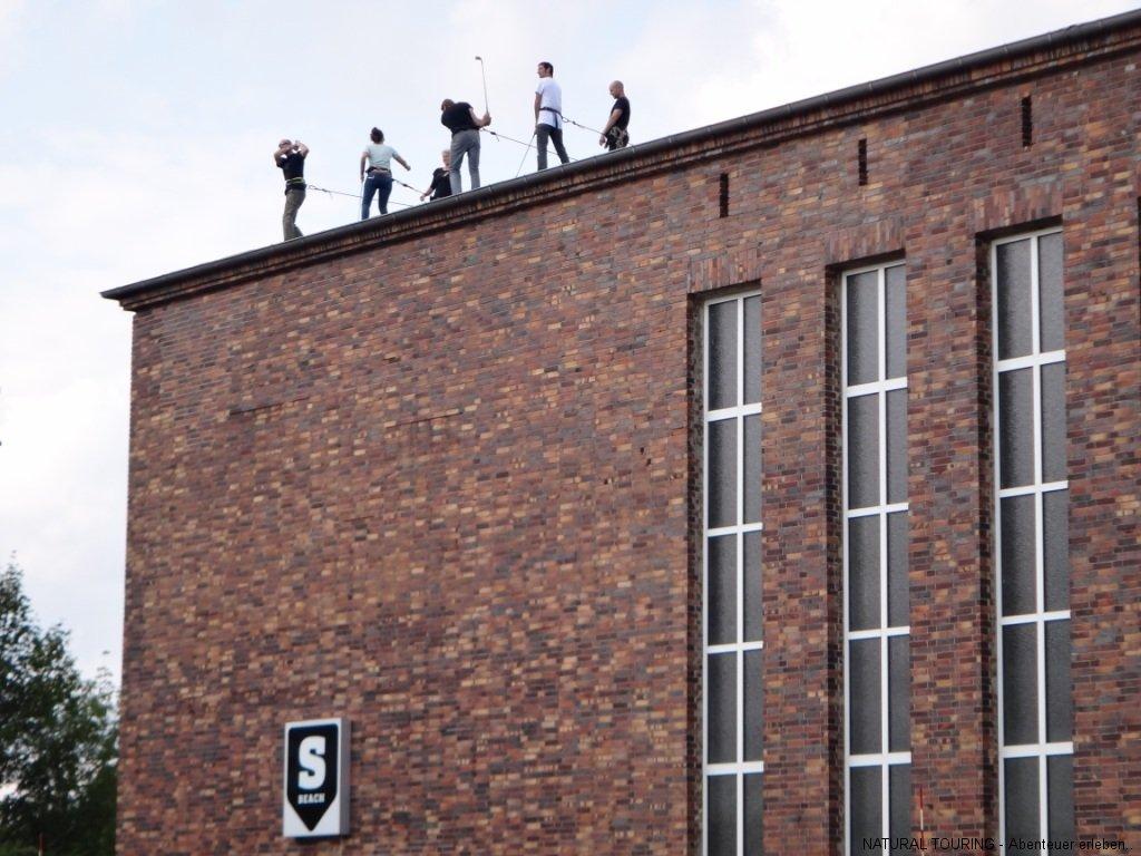 Crossgolf vom Dach in Berlin zum Teamevent