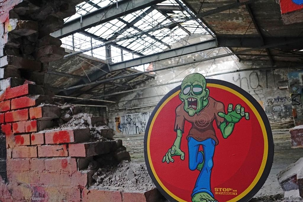 Post-Lostplace-Teamevent-Berlin- Zombie Training