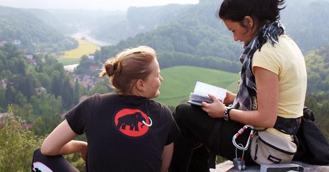 Klettern Elbsandsteingebirge Klettertour sächsische Schweiz Klettersteig Wandern trekking Abseilen