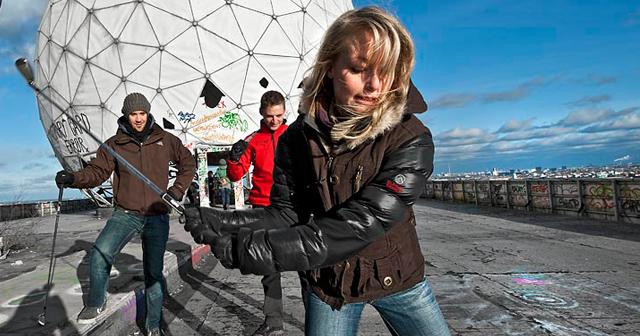 Teamevent Berlin mit Crossgolf auf ehemaliger Radarstation Teufelsberg